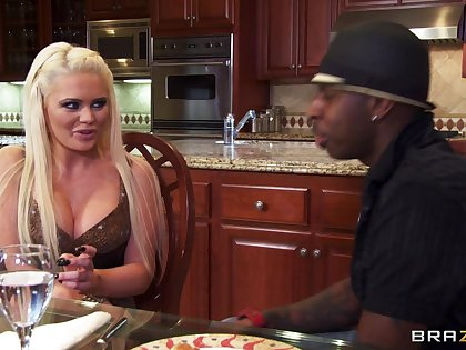 Big black load of shit makes slutty wife Alexis Ford scream with pleasure
