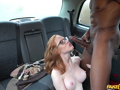 Interracial fucking in the back of the taxi with Lenina Crowne