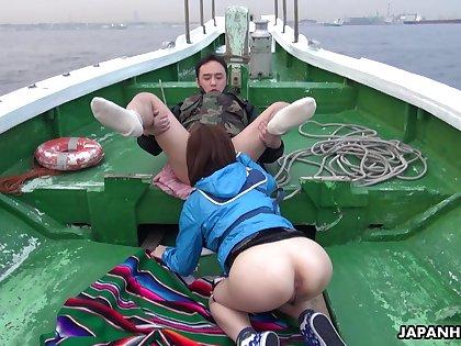 Oriental temptress Sena Sakura enjoying some wettish orgy after fishing