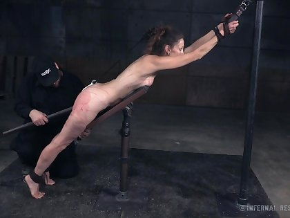 Kinky natural hottie Paintoy Emma is actually made for extraordinarily rough BDSM