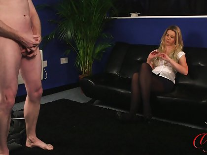 Blonde MILF Sky Monroe watches an amateur dude bludgeon his cock