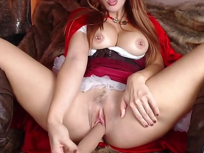 Red Riding hood - desolate cosplay with busty redhead