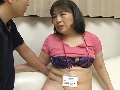 Chubby Japanese bungling gives a blowjob and rides his stiff cock